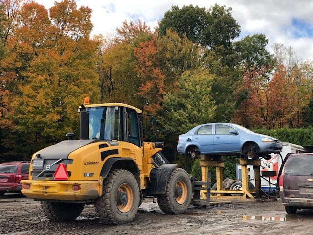 garage entretien voiture à Lanaudière - Pièces d'autos usagées J.G Rivest inc à Saint-Roch-de-L'Achigan et Lanaudière
